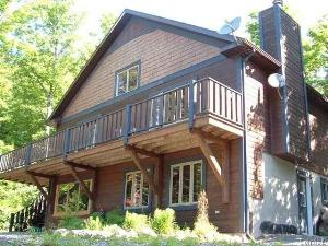 Chalet Sylviane for rent in Mont Tremblant